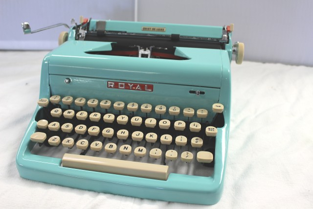 Royal Quiet De Luxe In Teal Green
