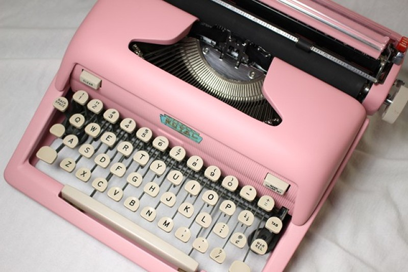royal heritage typewriter flat pink