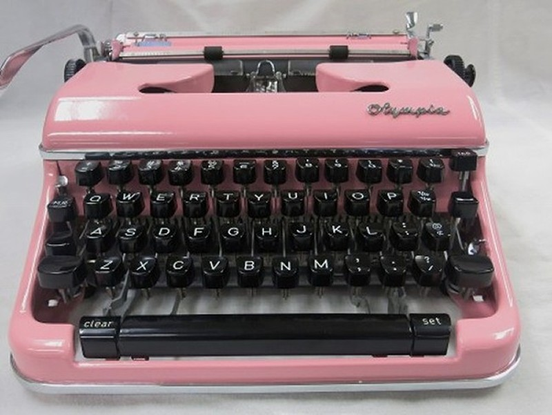 Olympia SM4 Typewriter In Pink #18