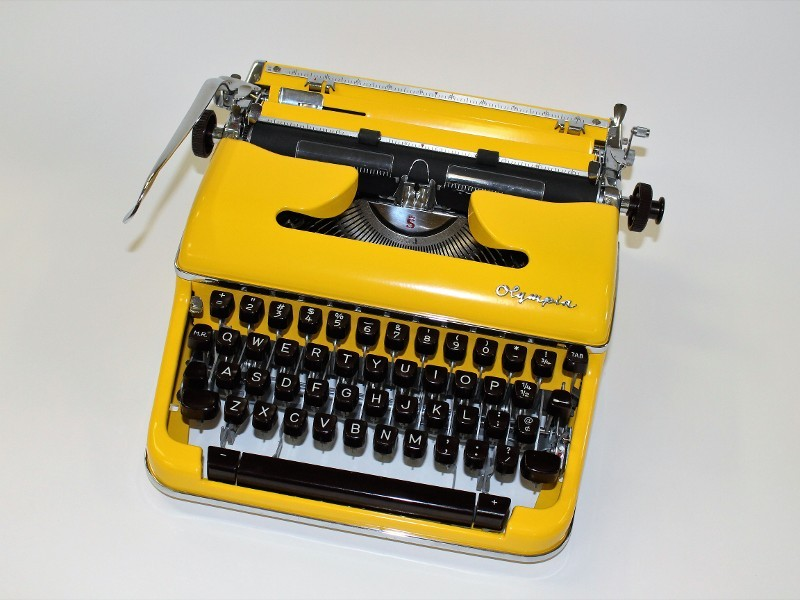Olympia SM3 Typewriter in Yellow