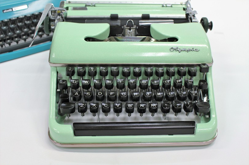 Olympia SM3-SM4 Typewriter In Mint Green